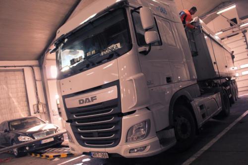 DAF00_ (72)